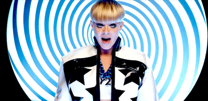 ROBYN wearing Y2K necklace in