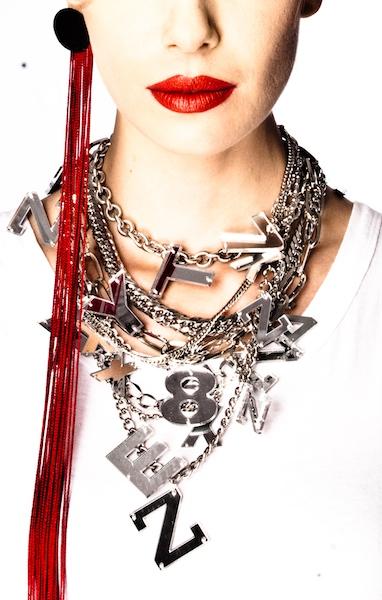 ALPHABETTY - mirror necklace + V - fringe earring