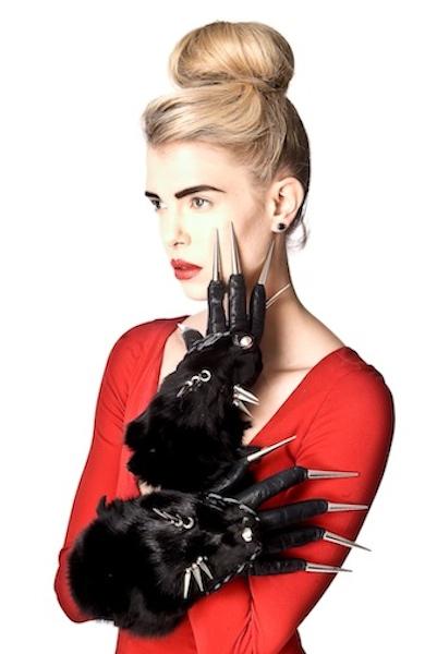 KERIN - spiked fox face gloves